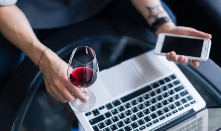 En Londres pueden comprar vino argentino en un click
